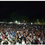 Dengarkan Ceramah UAS, Masyarakat Simeulue Padati lapangan Pondopo