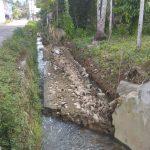 Tanggul Pengaman Tebing Ambruk Pasca Dihantam Banjir
