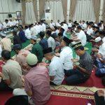 Ratusan Tamu Doakan Almarhumah Mertua Plt Gubernur Aceh