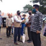 Pemkab Aceh Besar Salurkan Sembako Bagi Warga Terdampak Covid-19