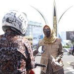 Cegah Covid-19, Dyah Salurkan Masker untuk Pengguna Jalan