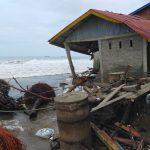 Puluhan Unit Rumah di Abdya Rusak Parah Dihantam Ombak